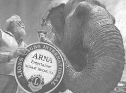 Arna's receives an award
